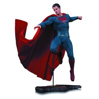 Batman v Superman Dawn of Justice: Superman - Statue