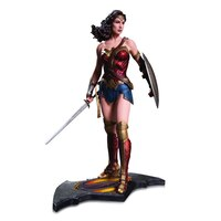 Batman v Superman Dawn of Justice: Wonder Woman - Statue