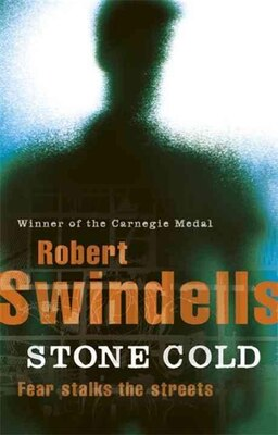Book Puffin Essentials Stone Cold by Robert Swindells