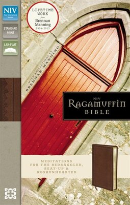 Book NIV, Ragamuffin Bible, Imitation Leather, Brown: Meditations for the Bedraggled, Beat-Up, and… by Zondervan