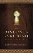 NIV, Discover God's Heart Devotional Bible, Hardcover: Explore the King's Love for His People on a…