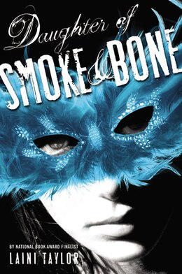 Book Daughter Of Smoke & Bone by Laini Taylor