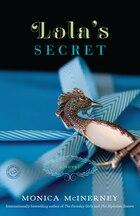 Lola's Secret: A Novel