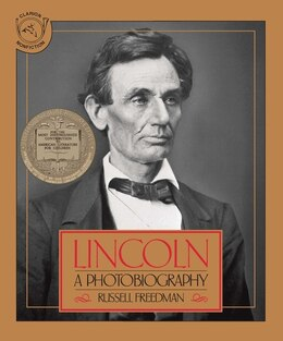 Book Lincoln: A Photobiography by Russell Freedman