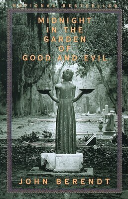 Book Midnight in the Garden of Good and Evil by John Berendt
