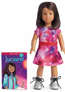 Luciana Girl Of The Year 2018 - Mini Doll/book by American Girl