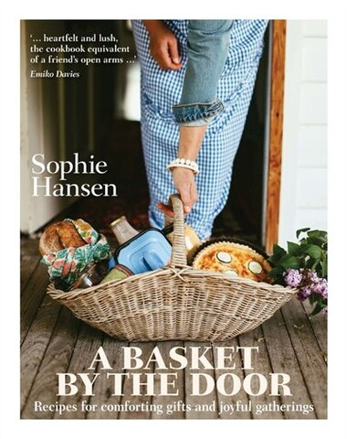 A Basket By The Door de Sophie Hansen