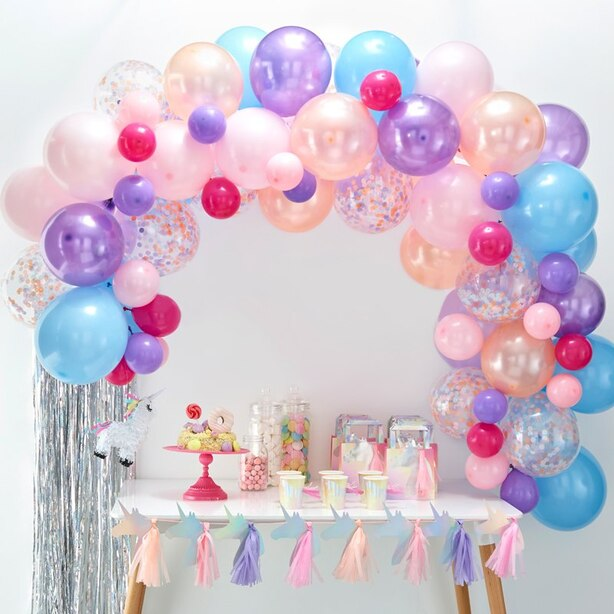 GINGER RAY BALLOON ARCH PASTEL