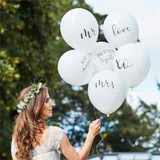 BOTANIC WEDDING WHITE BALLOON BUNDLE SLOGANS