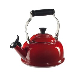 Le Creuset Classic Whistling Kettle - Cherry