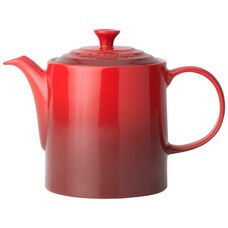 Le Creuset Grand Teapot – Cerise