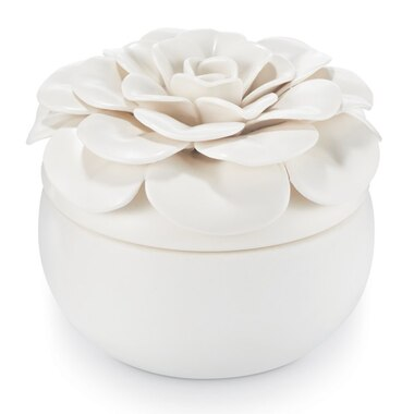 Ceramic Flower Candle - Gardenia