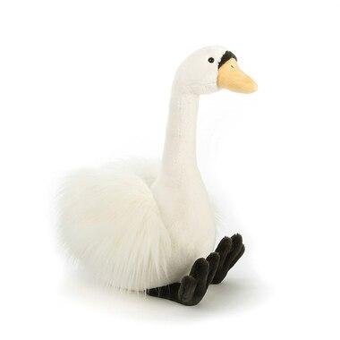 Solange the Swan, Medium
