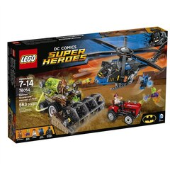 LEGO Super Heroes Batman: Scarecrow Harvest of Fear