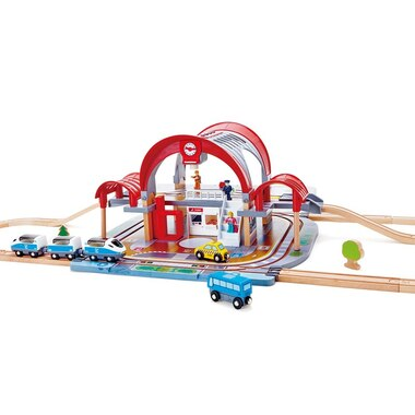 Hape Toy Vehicle Playset Double Level Grand City Train Station