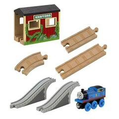 Thomas and Friends Wooden Railway Set - 5 In 1 Up And Set