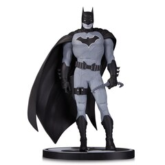 Batman: Black & White Statue by John Romita Jr