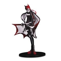 DC Artists Alley: Batgirl Statue by Sho Murase