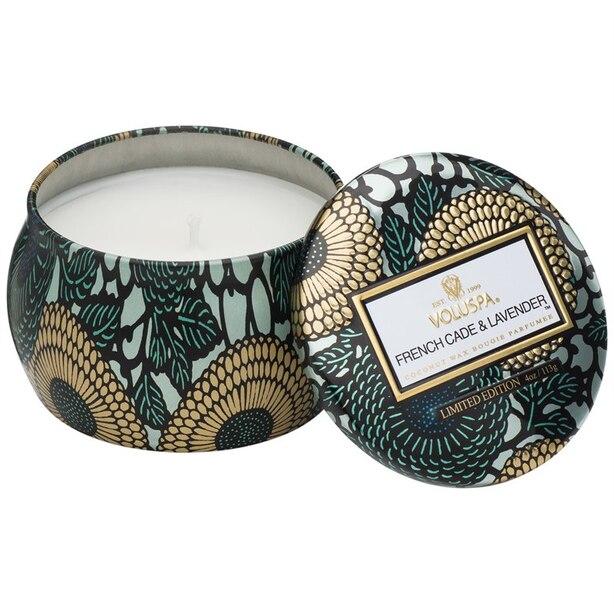 Voluspa® Bougie dans une petite boîte métallique décorative – Genévrier français et lavan