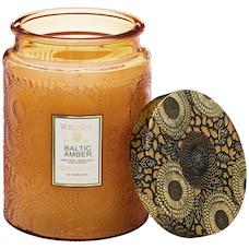 Voluspa® Bougie dans un contenant en verre – Ambre balte