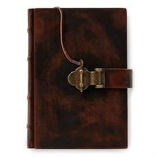 Journal en cuir à serrure