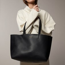 Love and Lore Heather East-West Tote Black