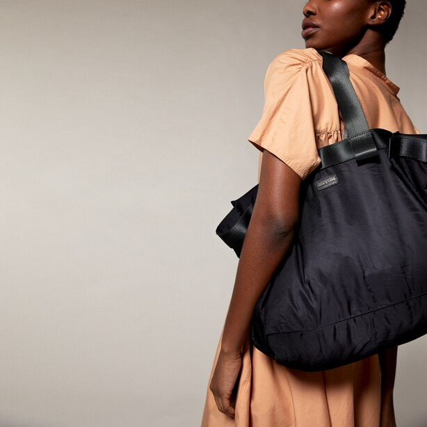 LOVE AND LORE PACKABLE EAST WEST TOTE BLACK