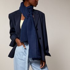 LOVE AND LORE LIGHTWEIGHT PLEATED SCARF NAVY