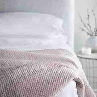 WELLNESS WEIGHTED BLANKET - 20LB, PINK