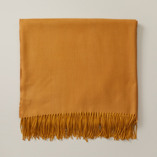 OUI HERRINGBONE SUPER-SOFT THROW BLANKET SOFT GOLD
