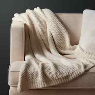 OUI HONEYCOMB CHENILLE THROW ANTIQUE IVORY