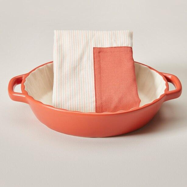 Stoneware Pie Baking dish & apron set, Gerbera Daisy