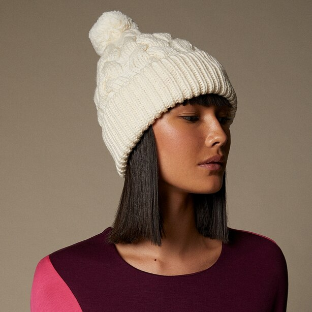 LOVE AND LORE SUSTAINABLE STYLE ECO CABLE KNIT POM HAT IVORY WHITE