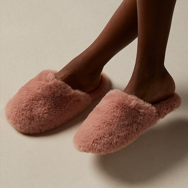 Love And Lore Faux Fur Slipper Rose Medium/Large