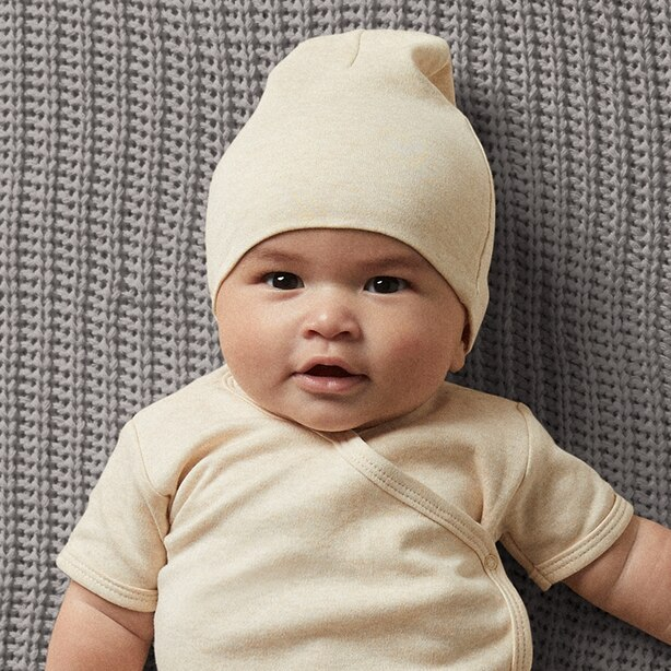 THE LITTLEST ORGANIC HAT - OATMEAL BABY 0-12 MONTHS