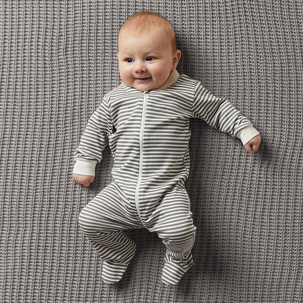 THE LITTLEST ORGANIC ZIP SLEEPER - CHARCOAL & WHITE STRIPE BABY 6-12 MONTHS