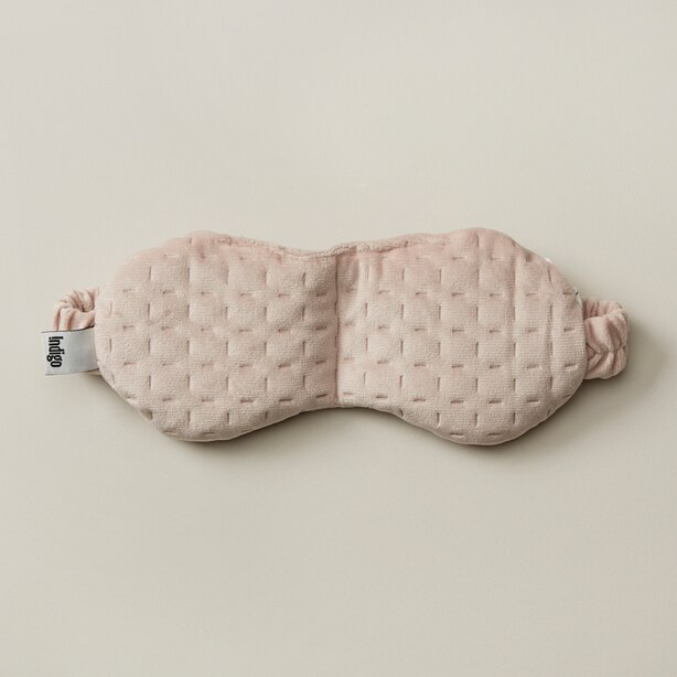 WELLNESS WEIGHTED PINK EYE MASK