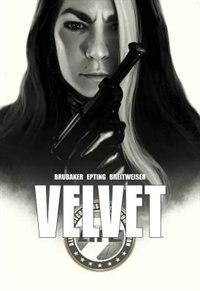 Velvet Deluxe Edition by Ed Brubaker