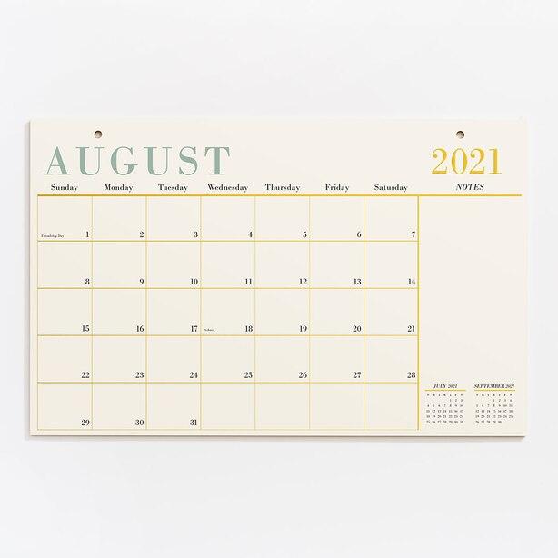 Agenda mensuel avec accents métalliques