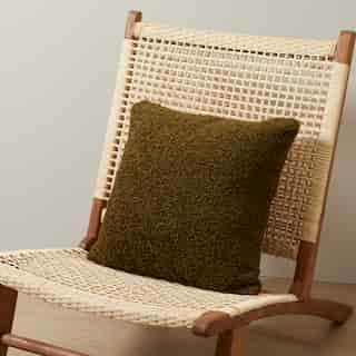 """PILLOW COVER SHAGGY FAUX FUR, WILD OLIVE 18"""" X 18"""""""